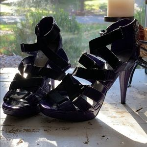 Purple heels with stretchy straps